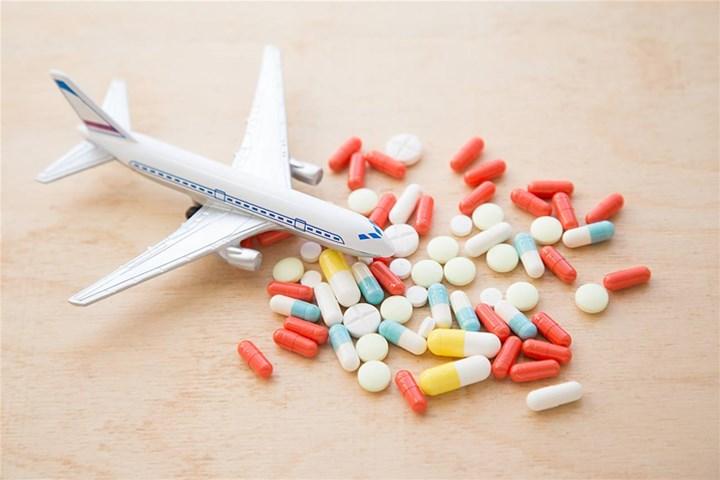 چه داروهایی را با خود به هواپیما نبریم؟
