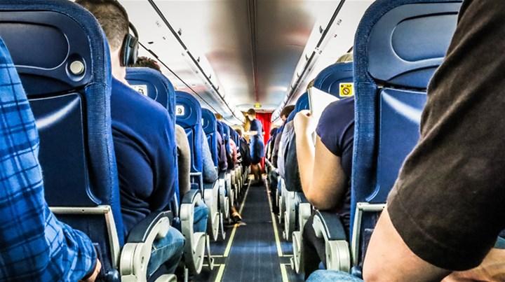 10 روش موثر برای سرگرمی در پروازهای طولانی