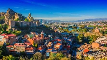 دانستنی های سفر به تفلیس؛ شهر کلیساهای تاریخی و طبیعت دل انگیز