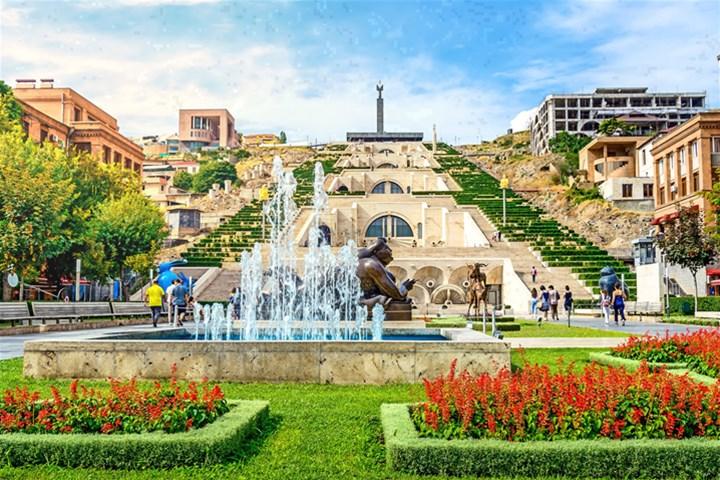 راهنمای سفر به ایروان؛ پایتخت تاریخی ارمنستان